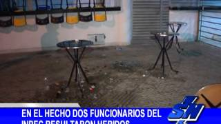 Repeat youtube video Atentado a tres miembros del INPEC en el barrio La Primavera en Cali