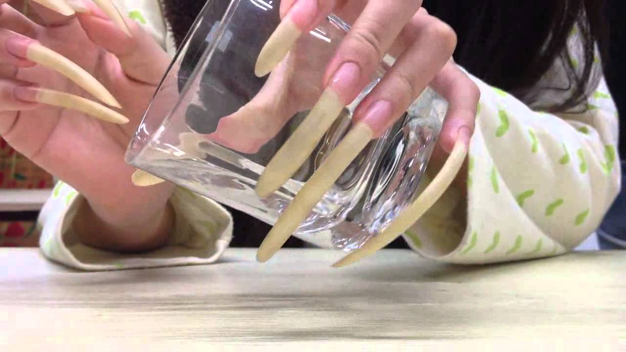 chinese friend\'s longnails - YouTube
