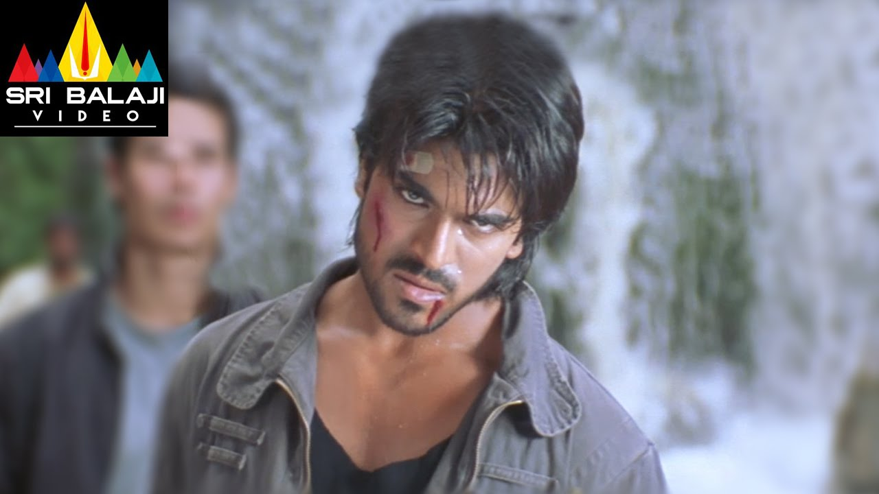 Chirutha Movie Back To Back Fight Scenes Ram Charan