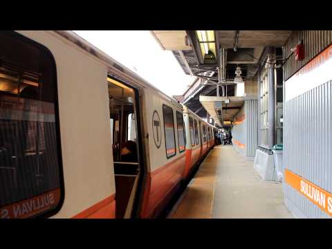 MBTA Subway: Southbound Orange Line Train at Sullivan Station