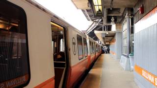 MBTA Subway: Southbound Orange Line Train at Sullivan Station