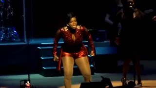 "Fantasia - Performs ""Without Me"" Live"