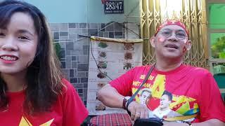Phố Tây Bùi Viện tưng bừng chờ trận cầu quyết định Việt Nam-Malaysia