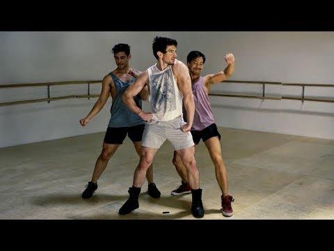 Steve Grand - Walking - OFFICIAL MUSIC VIDEO