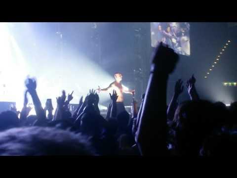 Linkin Park Papercut, Bleed It Out (live) Birmingham 2017