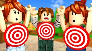 ROBLOX-WHO's the TARGET? (Knife Capsules)