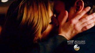 "Castle 8x15 End Scene Beckett Castle Kiss & Fight LokSat  ""Fidelis Ad Mortem"" Season 8 Episode 15"