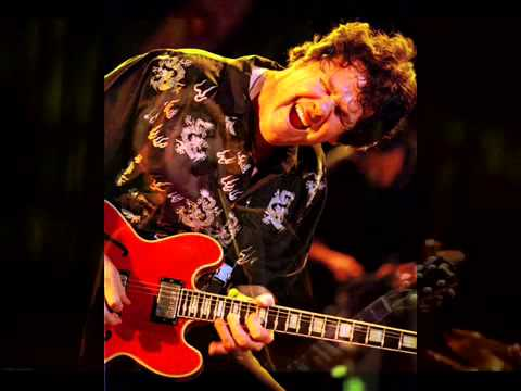 Gary Moore   As The Years Go Passing By