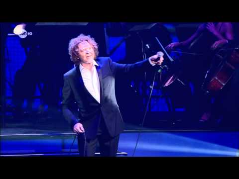 Holding Back The Years - Mick Hucknall (Simply Red) & Angie Stone