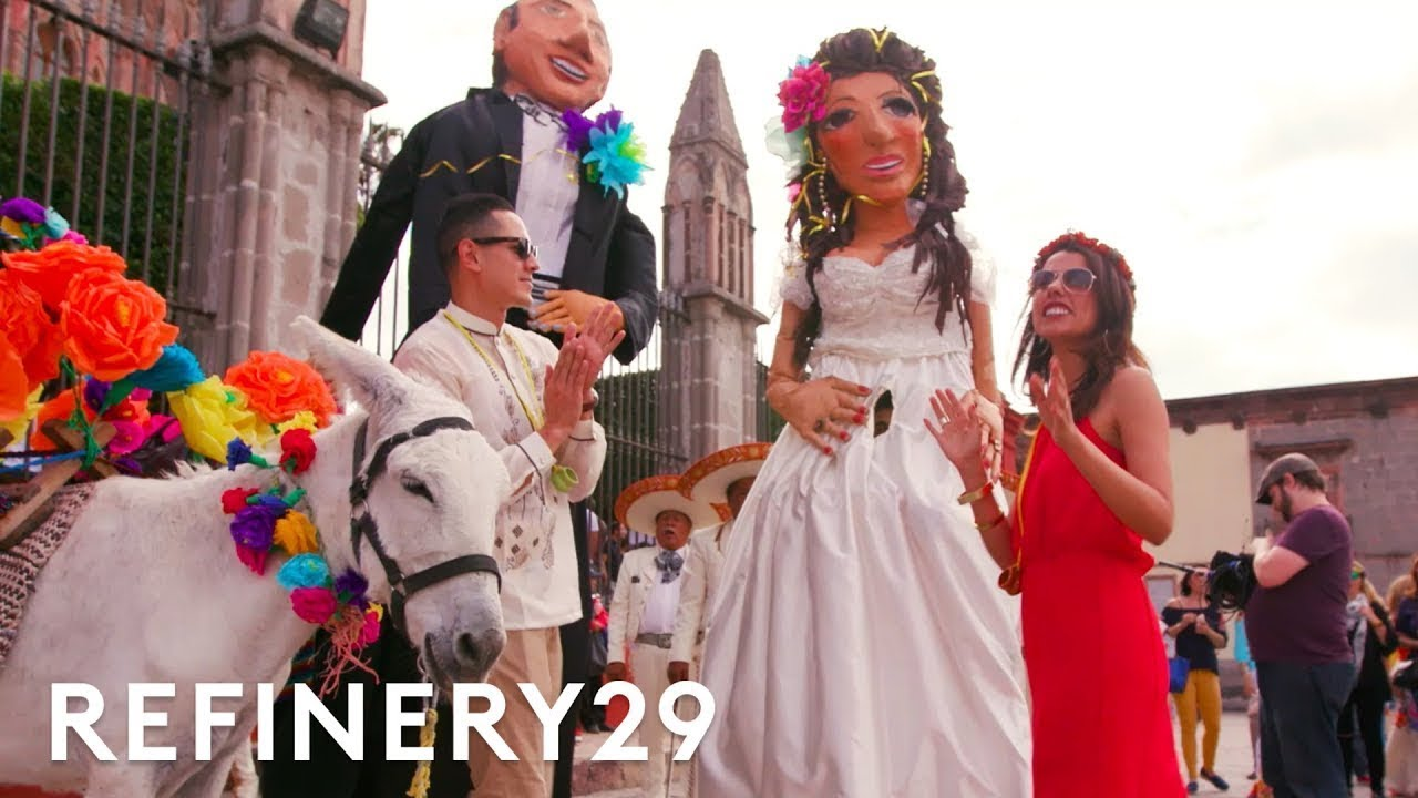 This Mexican And Filipino Extravagant Wedding Combined Two Cultures World Wide Wed Refinery29