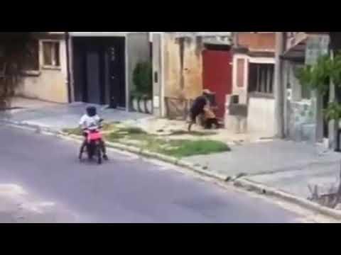 La policía toma medidas para detener a los motochorros en la ciudad