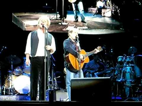 Simon And Garfunkel - The Boxer Live In Munich 2004