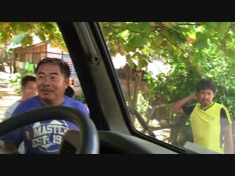 GIVING RICE FROM MANFRED IN GHETTO COMMUNITY IN BARANGAY BAGACAY TALIBO BOHOL PART 1