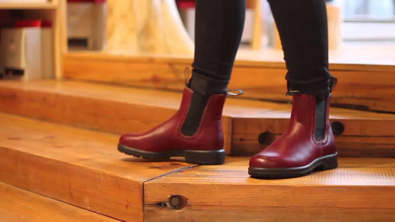 Blundstone Womens Series In Burgundy Rub Youtube