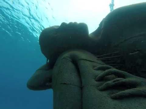 Freediving The World's Biggest Underwater Sculpture - Bahamas