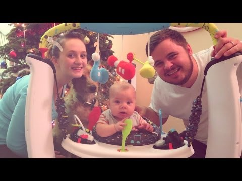 BABY'S FIRST CHRISTMAS SPECIAL! (12.25.13 - Day 334)