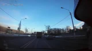 На Санкт-Петербургском у Макаровки, авария 4 машины, все живы, но пострадавшие есть