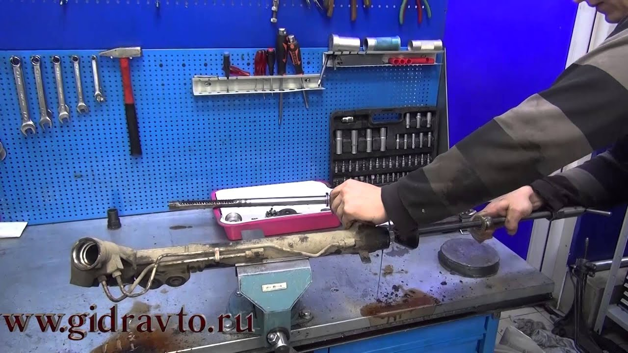 ремонт рульової рейки на прикладі Renault Safrane 3