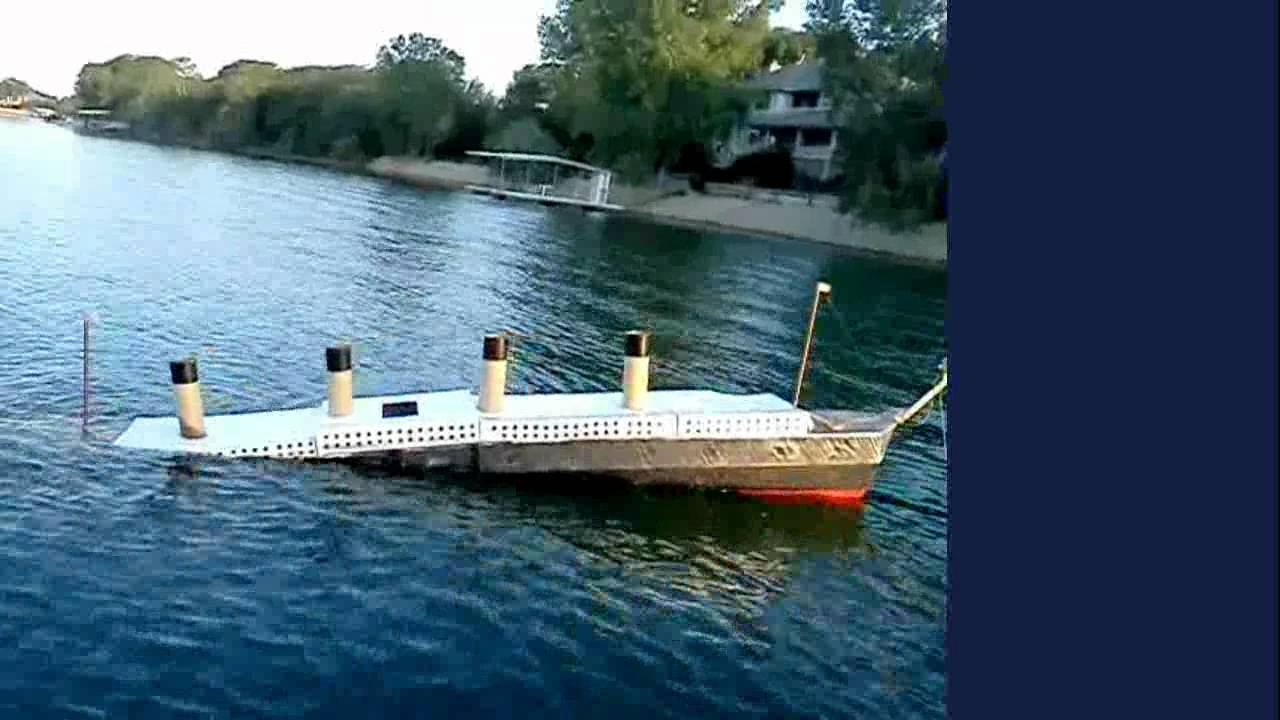 19ft long (1/46 scale) TITANIC model sinking! - YouTube