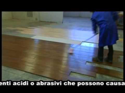 Manutenzione dei parquet olio cera youtube for Cera per parquet