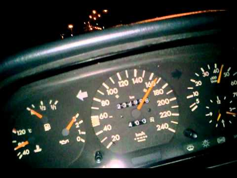 Mercedes Benz W124 E220 Acceleration & Top speed