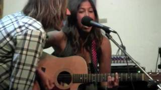 Cindy Santini playing at Pacific Beach Surf Shop - Song:  Boom Boom YouTube Videos