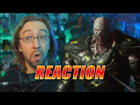 MAX REACTS: Nemesis running is SCARY AS HELL - Resident Evil 3 Remake Gameplay |