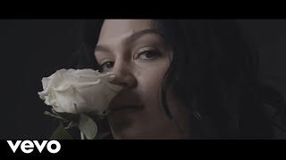Baixar Jessie J - One Night Lover (Official Video)
