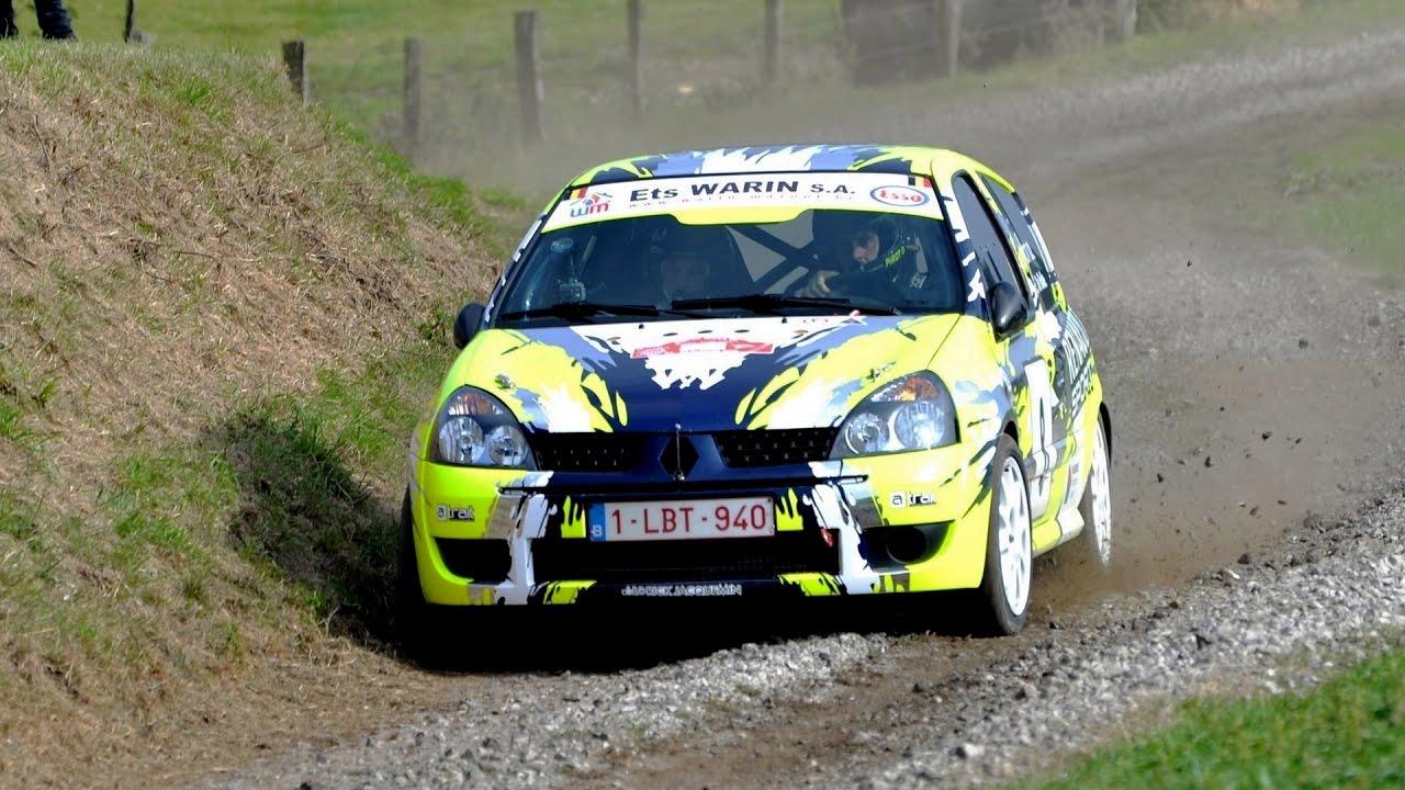 Clio en rallye