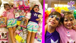 Twins Kate and Lilly get TONS of Kid TOYS!