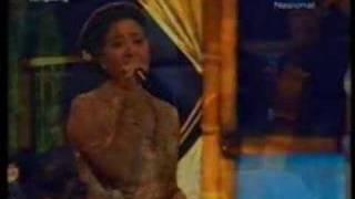 Lgm Mawar Biru - Sundari Soekotjo