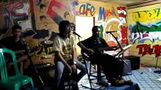 TONY Q RASTAFARA - KANGEN COVER #cover #coversong #accoustik #akustik #indielokal #reggae #musik