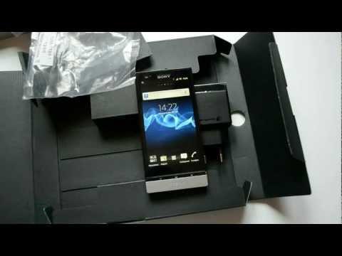 Распаковка Sony Xperia P (unboxing)