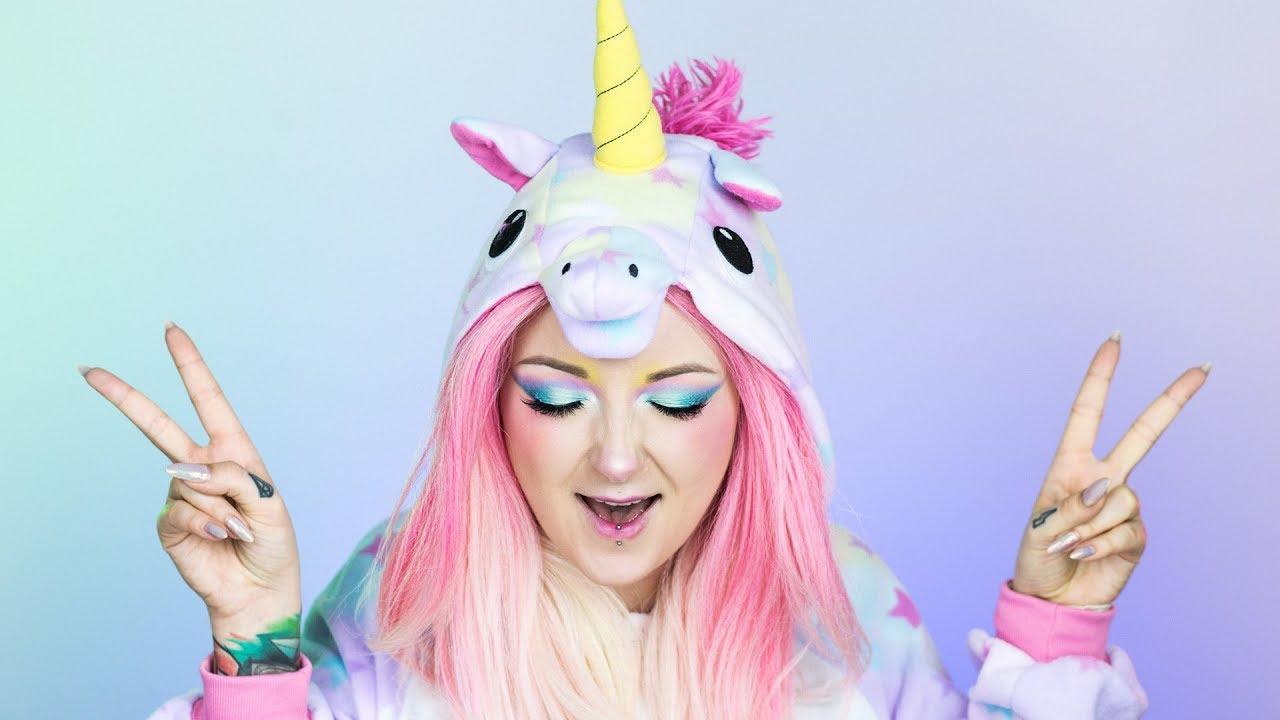 Jednorożec Na Halloween Unicorn Red Lipstick Monster Youtube