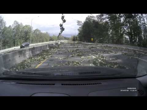 POWERFUL WINDSTORM - MUST WATCH