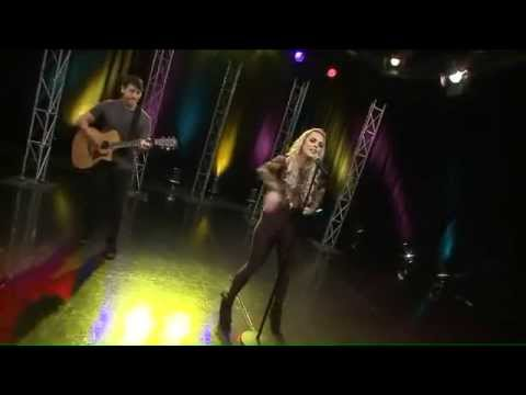 Katy Tiz 'Whistle (While You Work It)' LIVE on WGN Morning News 6.29.15