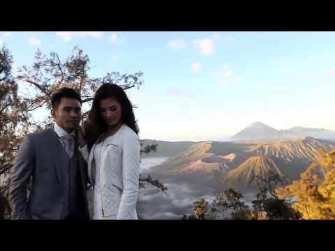 ▶ JUDIKA feat DUMA RIRIS official Video klip  sampai akhir    YouTube