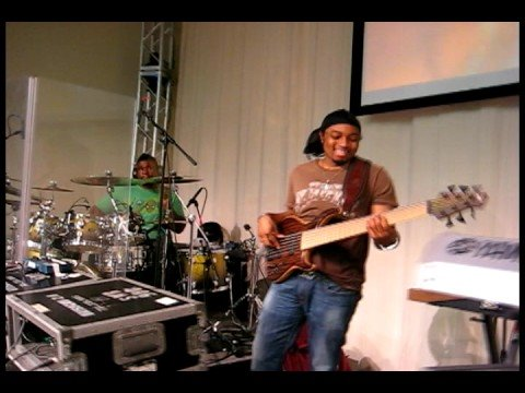 Israel and New Breed (Souncheck)