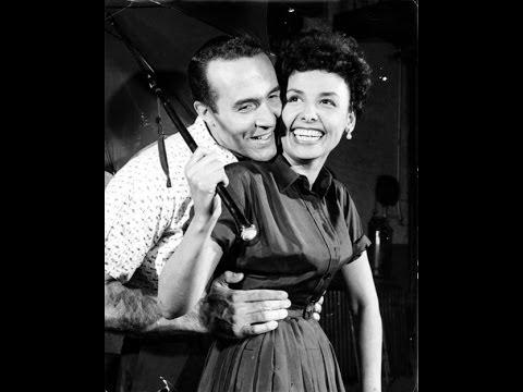 Lena Horne - The Man I Love  ( Lena: At The Sands )  (18)
