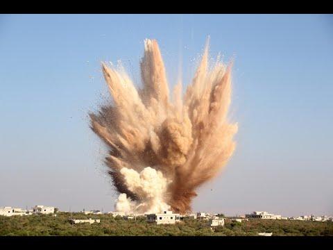 أخبار عربية | رغم الهدنة.. مقتل 8 مدنيين بينهم أطفال بغارات قرب #دمشق  - نشر قبل 2 ساعة