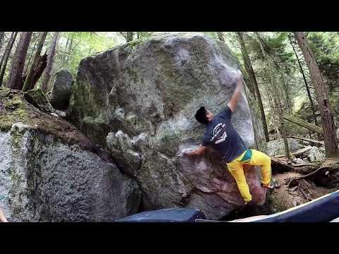 Mr. Bigglesworth V8 (Squamish Bouldering)