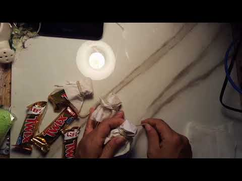 A Quick Trick! Twix Ghost Garland