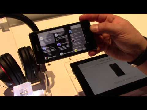 Hands on with the Sony Xperia Z1 Compact at CES 2014