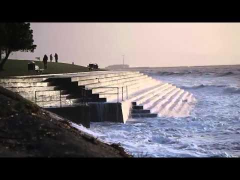 Big Waves & Stormy Seas in Swansea Bay - January 6th, 2014.