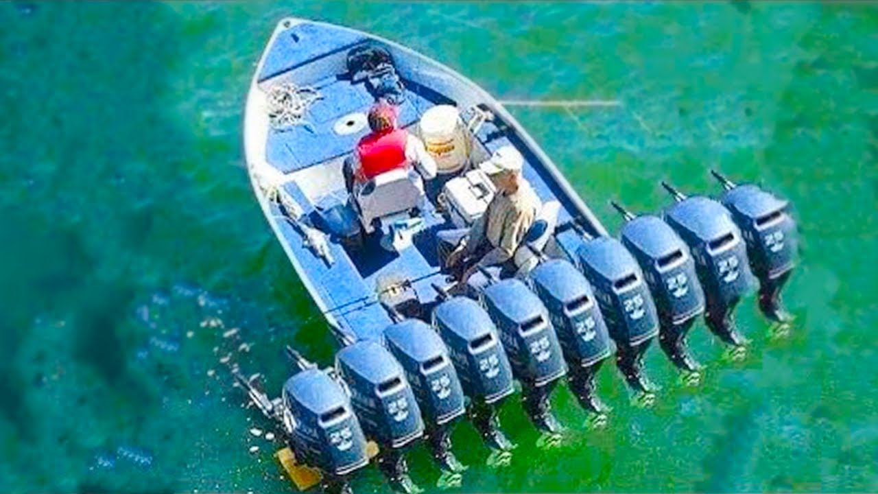 15 Fastest Boats Ever Made