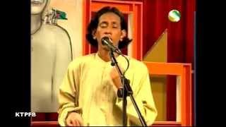Shiton Babu:  Mono Pran Diyachi.