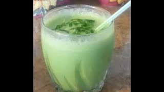 How To Make A Green Smoothie With Coconut Milk , Bananas , Spinach - 99 Cents Only Store Recipe