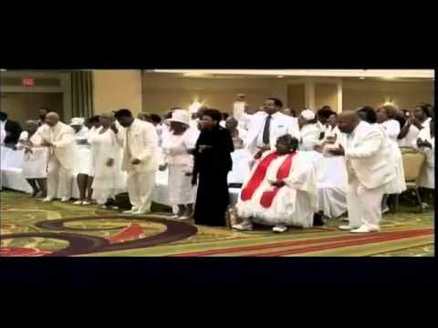 Bishop Paul S. Morton feat. Sarah J. Powell - There's Something About That Name (Jesus) Praise Break