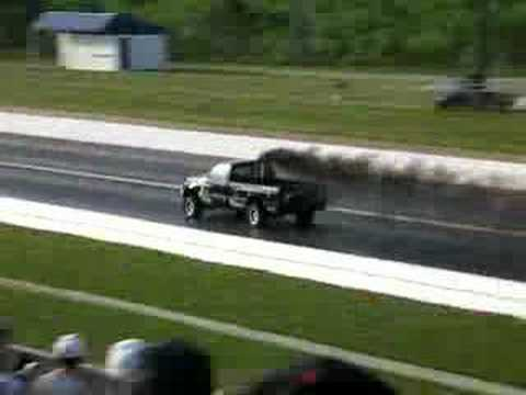 All Out Diesel >> Big Diesel Truck Running 10 S At Pinks All Out Atlanta Youtube