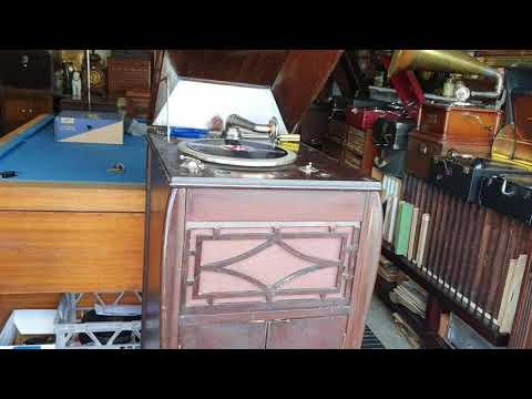 Salonola Gramophone Phonograph